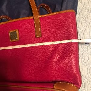 Dooney & Bourke Bags - Dooney & Bourke purse